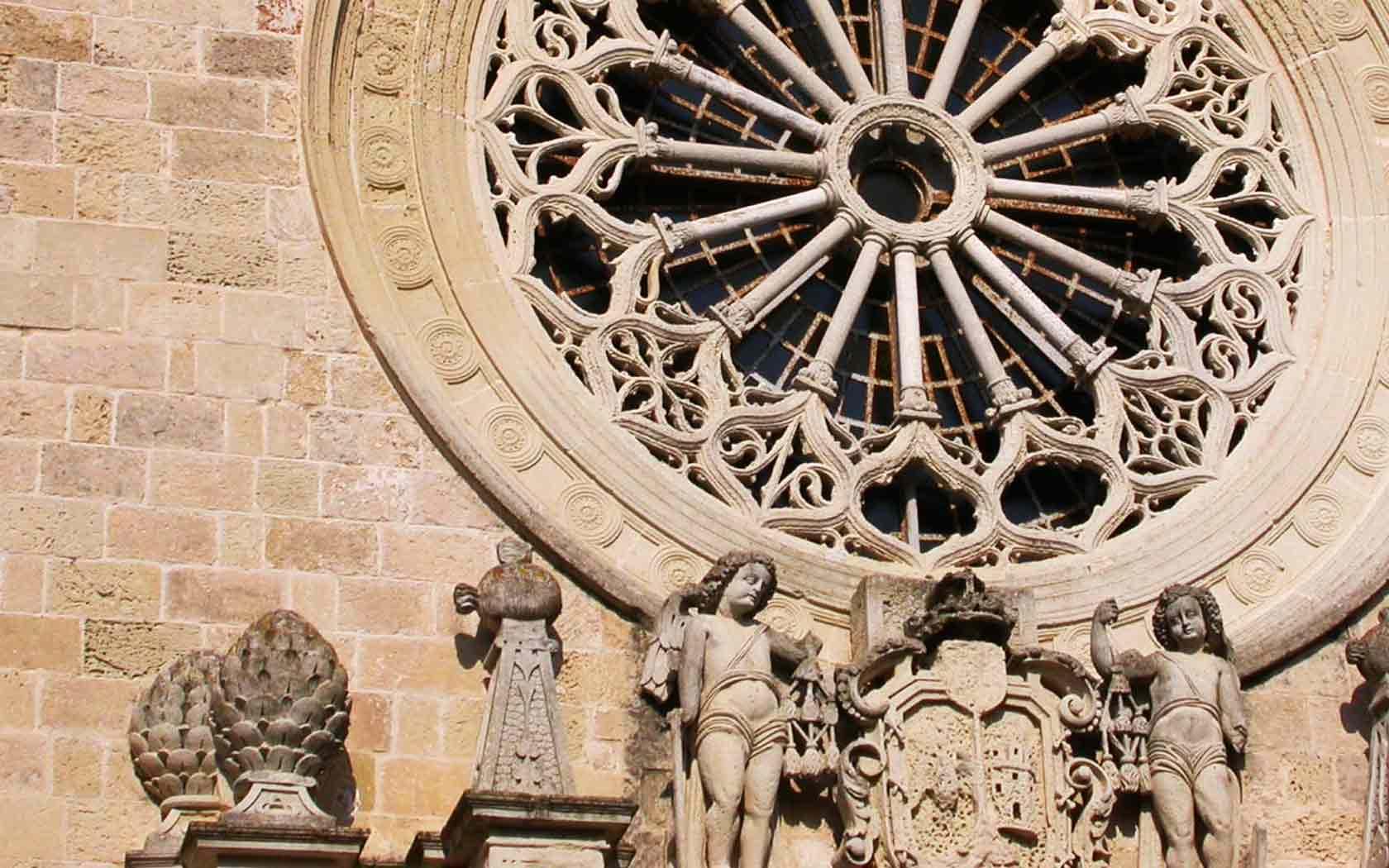 007 bed and breakfast la zolfara cattedrale church otranto rosone stile romanico